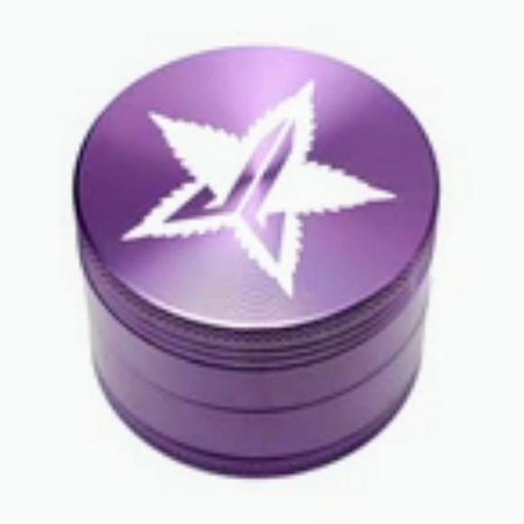 "Jeffree Star Other - 💜Jeffree Star Cosmetics""Mauve"" Grinder!"